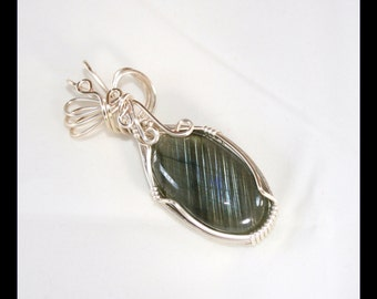 Celine - A  Labradorite Pendant, Labradorite Jewelry, Wire Wrapped Pendant, Wire Wrapped Jewelry, Labradorite Necklace