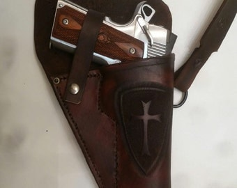 Custom Leather Shoulder holster for 1911 pistol.