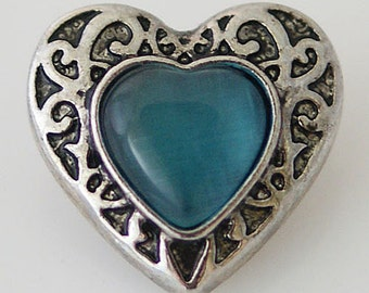 KB8731 Turquoise Heart Set in Antiqued Silver