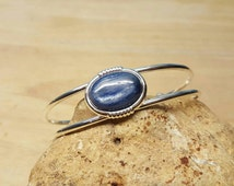 Blue Kyanite bracelet. Adjustable Cuff bracelet uk. Reiki jewelry