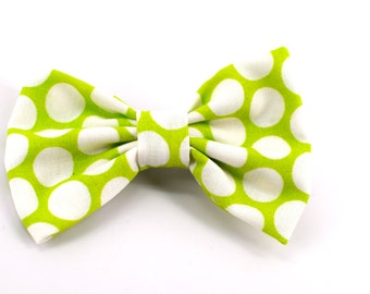 Handmade green  polka dot boys bow tie