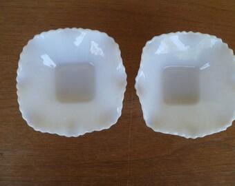 2 Beautiful Milk Glass Scalloped Candy Dishes Bowl