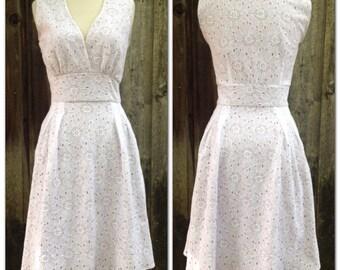White Lace Floral Retro Dress Small