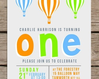 10 x Child birthday invitation - hot air balloon