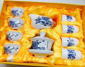 Gaiwan Blue Peony  tea set (hand painted) with a fancy gift box