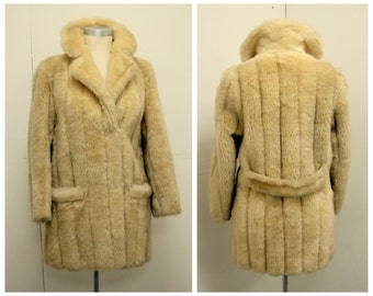 PERFECT 1970's Blonde Faux Fur Coat - Size S - Glam Rock