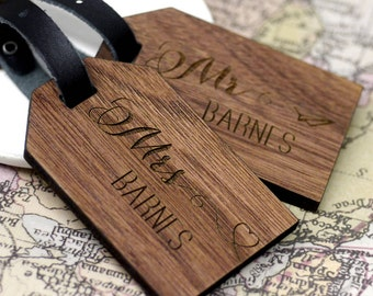 Honeymoon Luggage Tag, Walnut Wood Luggage Tags, Personalised Luggage Tag, Mr & Mrs Luggage Tags, Personalized Luggage Tags, Gift for Her