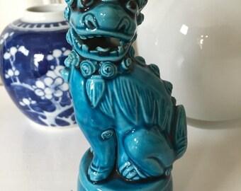 Vintage turquoise blue Chinese Foo Dog porcelain guardian Shi-shi lion Foo dog Ceramic dog Figurine Chinoiserie Fu Dog China