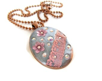Clay Necklace, Crystal Necklace, Epoxy Clay Pendant, Lace Pendant, Romantic Jewellery, Floral Jewellery, Vintage Style Jewellery, For Her