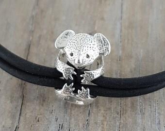 koala bracelet sterling silver holding rubber