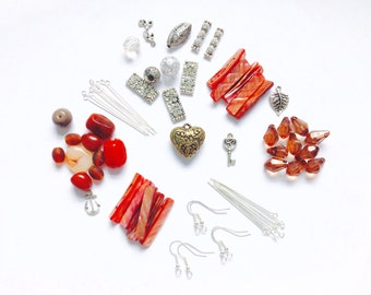 Jewellery Making Kit / Craft Supplies / 70 Items / Jewellery Making & Beading / Kits / Beads / Findings / Materials / Mixed Lots /B1