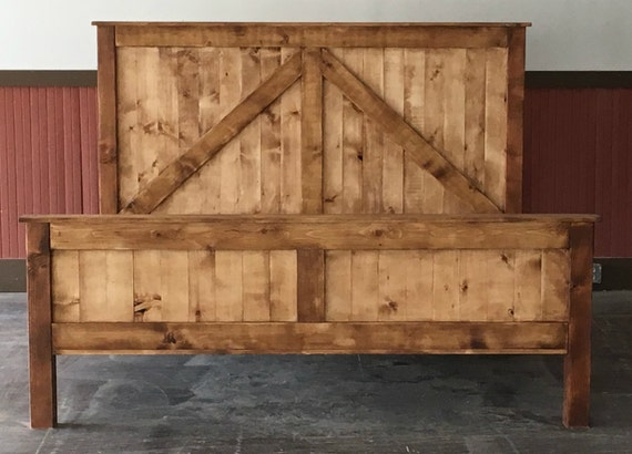 Rustic King Size Farmhouse Bed w platform