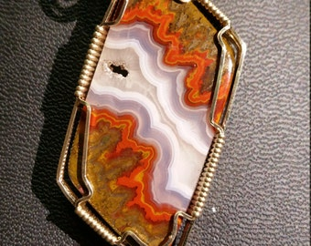 Moroccan Agate pendant necklace in 14K gold filled wire
