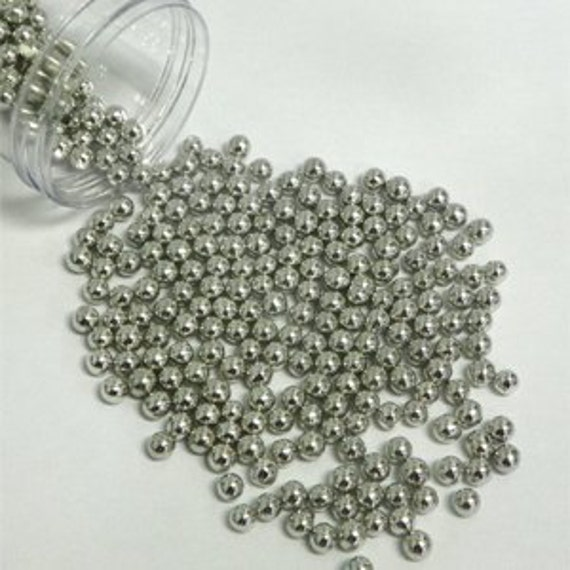 edible silver pearls for wedding cake edible silver sugar pearls silver sugar pearls edible silver 13915