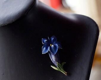 Ref: 167  Vintage Alpine Swiss blue Gentian brooch/pin. From 1969.