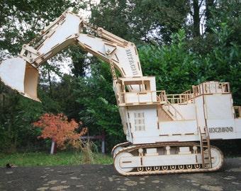 EX2500 Hitachi Digger (Excavator) Model Kit
