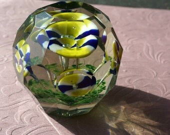 Vintage Faceted Hand Blown Art Glass Floral  Paperweight