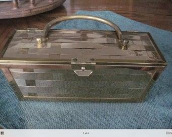 Vintage, Retro Metal Basket Weave Purse 10