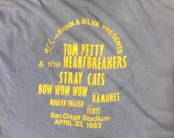1983 X Fest Ramones Tom Petty Stray Cats Concert T Shirt sz 46 in scruffy wearable condition