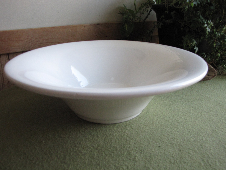 White ceramic bowl centerpiece or coffee table ceramica