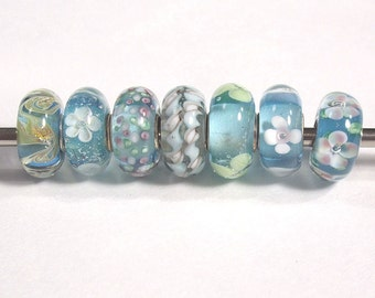 7 Beautiful Teal Glass  Beads, Large Hole, European Style with 925 Sterling Silver Cores