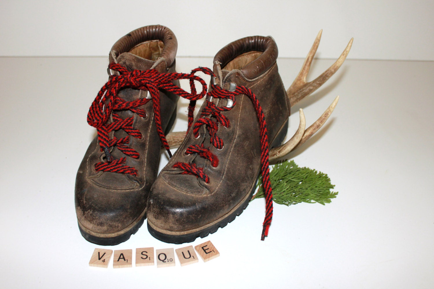 vintage vasque mountaineering boots 1970 39 s italian by muskratsuzy. Black Bedroom Furniture Sets. Home Design Ideas