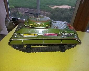 Antique 1940s MARX Litho Tin Wind Up U.S. Army Large Tank Toy