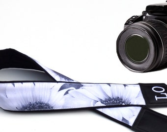 Personalized Camera Strap.  Sunflower camera strap. Black and white DSLR strap. Flowers Camera Strap. Camera accessories by InTePro