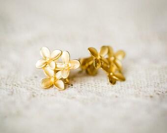 3 flower cluster earrings