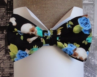 Skull and Roses Bow Tie, Bow ties for men, Men's bow tie, pre tied or self tie bow tie