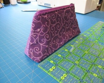 padded zipper bag  purple make up bag  lined with zipper made to last 2x6