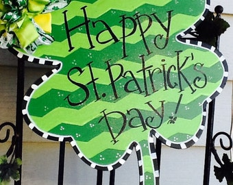 Chevron st. Patricks day door hanger, four leaf clover door hanger