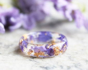 Eco Resin Ring with Natural Pressed Purple Petals and Gold Flakes • Faceted Floral Ring  • Clear Ring
