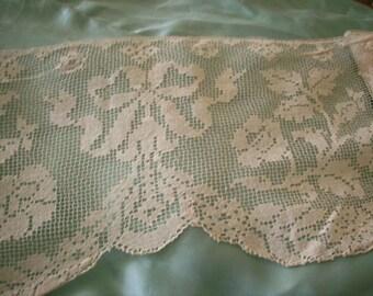 Filet lace Antique linen lace wide beautiful patterns hand done