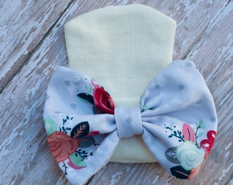 Newborn Hospital hat - Newborn hat - Vintage - Fabric baby hat - Newborn Prop - Baby girl - Flower Hat - Coming Home - Fabric bow Hat - Hat