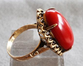 Vintage Large Natural Red Sardinian Coral Cabochon 18K Gold Ring