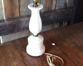 Vintage Milk Glass Lamp, Vintage Hobnail Lamp, Hobnail Milk Glass, Vintage Lamp, Vintage Table Lamp