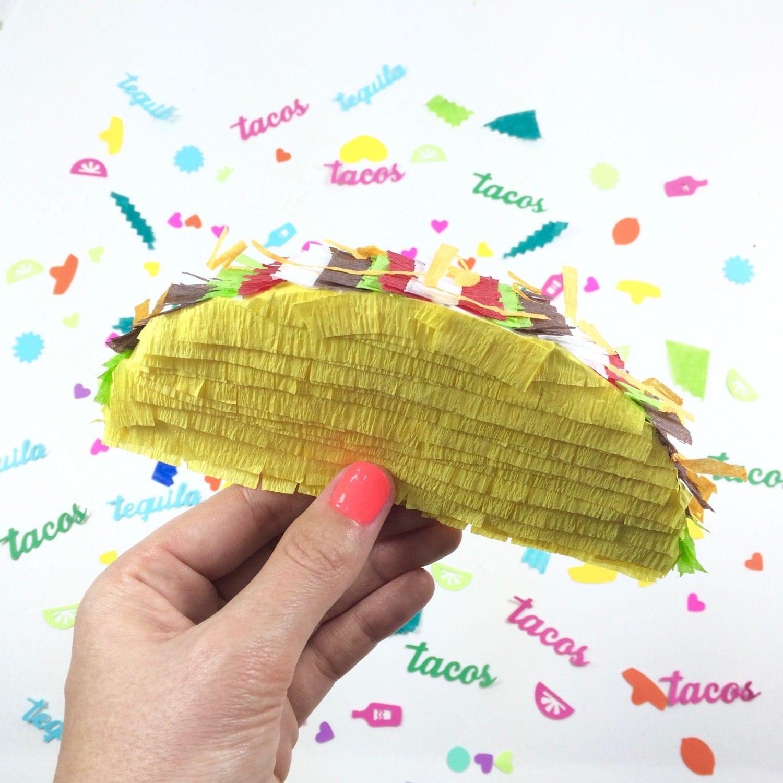 Mini taco pinata cinco de mayo decoration taco party for Decoration pinata