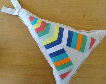 Tee-Pee Scatter Cushions