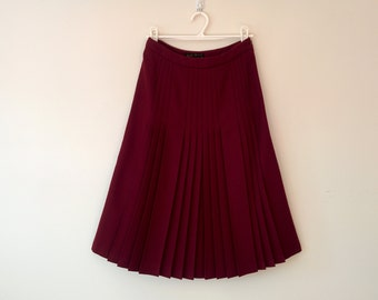 Pleated Wool Skirt / Mod Fletcher Jones Skirt / Burgandy Pleated Winter Skirt Size S / 1970s