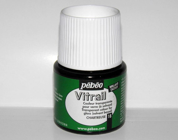 Pebeo vitrail 18 chartreuse color imitation of stained for Solvent based glass paint