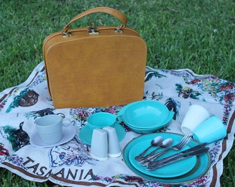Reclaimed Vintage Picnic Set for Two