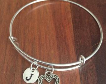 KIDS SIZE - Heart initial bracelet, heart jewelry, gift for girlfriend, sweetheart bracelet, Valentine's Day jewelry, silver heart bracelet