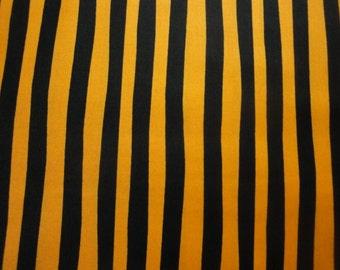 Black & Orange Stripes By Robert Kaufman-BTY-Halloween-Trick or Treat