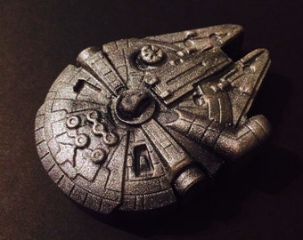 Millennium falcon Star Wars cake topper edible