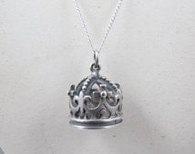 James Avery Crown Pendant Charm, Sterling Silver Three DImensional King Crown, Retired Rare James Avery Large Sterling Crown Charm Jewelry