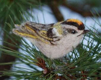 Needle Felted Bird, Kinglet,Wild Bird, Backyard Bird,Bird Sculpture, Nature Decor