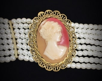 Vintage Oval Cameo Brooch, Cameo Pin, Cameo Jewelry, Victorian #A05