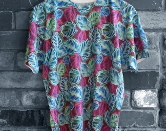 Feather Leaf Printed Raspberry Limited Edition T-Shirt