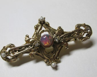 Vintage Gold Tone Brooch With Faux Pearls / Costume Jewelry / Estate Jewelry